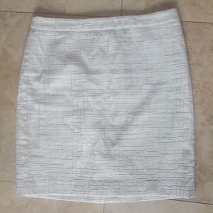 LOFT off white pencil skirt